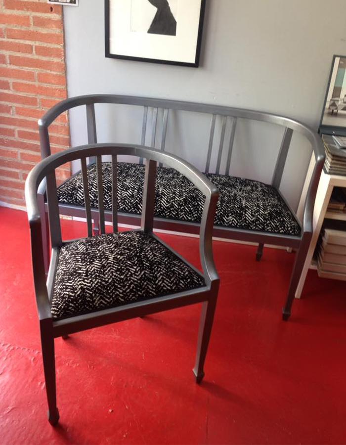 chaise-et-banquette-metallisee-tissu-saum-und-viebahn-noir-blanc-claire-de-redon-tapissier-decoarateur-montauban