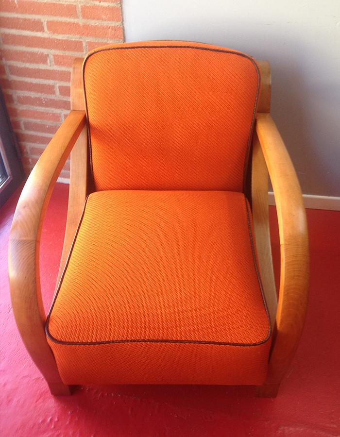 fauteuil-club-tissu-lelievre-faux-cuir-impression-crocodile-claire-de-redon-tapissier-decorateur-montauban