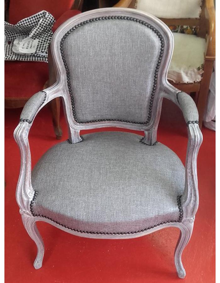 fauteuil-louis-quinze-metallise-tissu-gris-claire-de-redon-tapissier-decoarateur-montauban