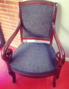 fauteuil-tissu-jean-claire-de-redon-tapissier-decoarateur-montauban