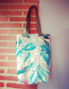 sac-cabas-tissu-tevenon-faitmain-artisanatdart-claire-de-redon-tapissier-decorateur-montauban