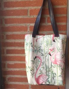 sac-cabas-tissu-tevenon-flamands-rose-claire-de-redon-tapissier-decorateur-montauban