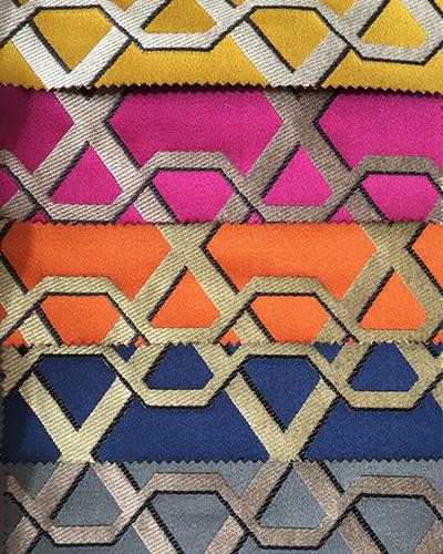 tissu-lelievre-dore-geometrique-claire-de-redon-tapissier-decorateur-montauban